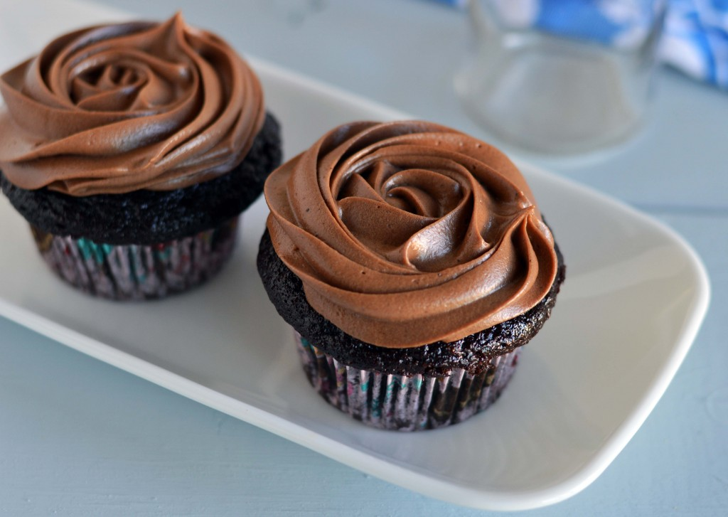 Chocolate Cupcakes With Chocolate Cream Cheese Icing Friday Is Cake Night