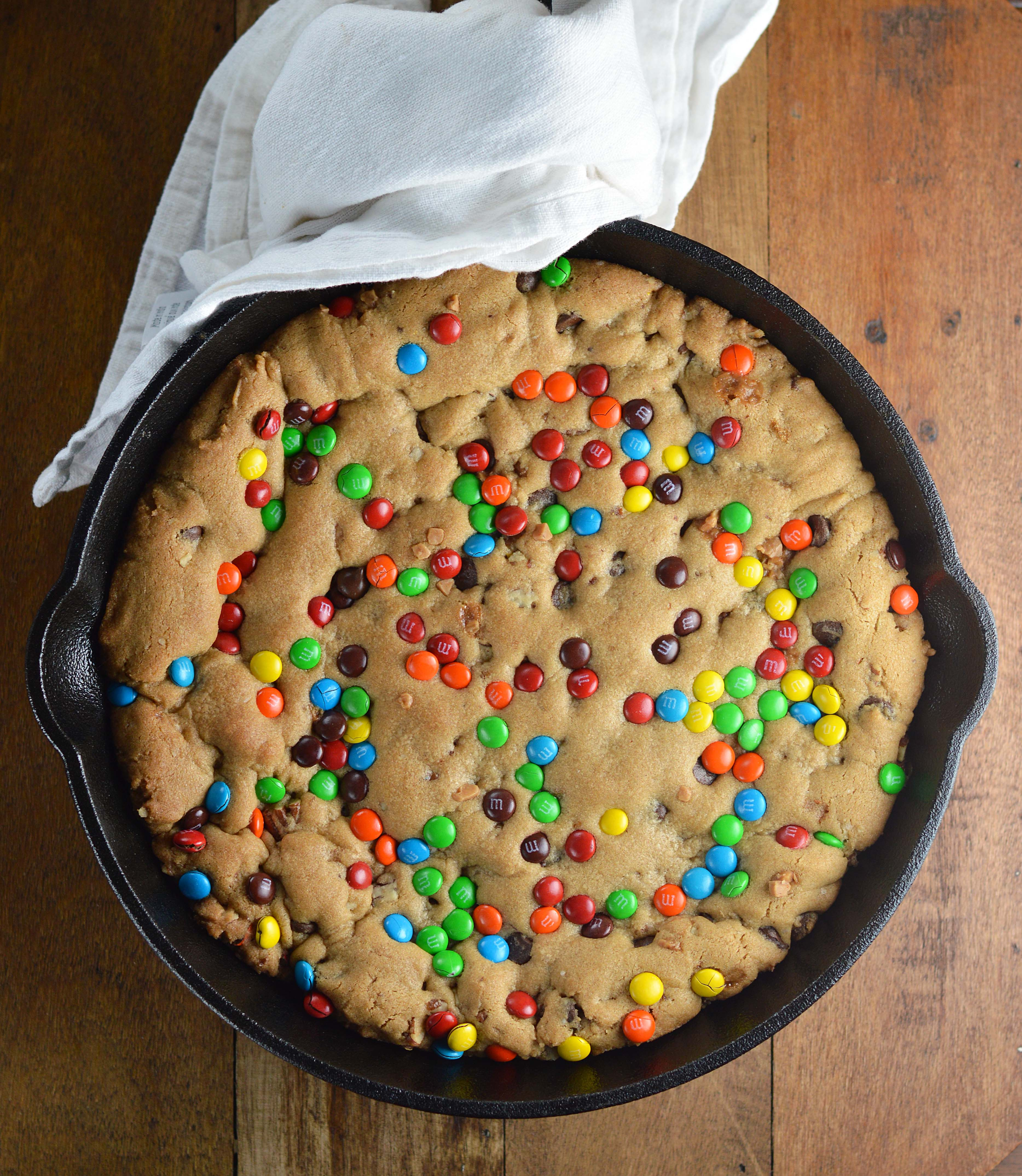 Deep Dish Skillet Cookie - Friday is Cake Night